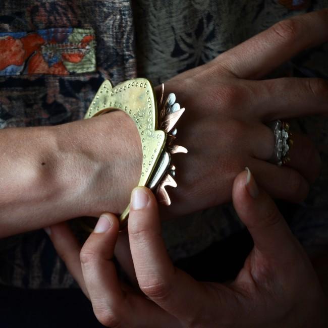 4 éléments bracelets portés